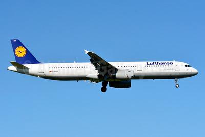 Lufthansa Airbus A321-131 D-AIRH (msn 412) ZRH (Paul Bannwarth). Image: 929096.