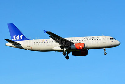 Scandinavian Airlines-SAS Airbus A320-232 SE-RJE (msn 1183) ZRH (Paul Bannwarth). Image: 929099.