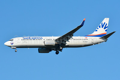 SunExpress Airlines Boeing 737-86N WL TC-SUV (msn 30807) BSL (Paul Bannwarth). Image: 929083.
