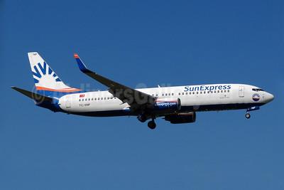 SunExpress Airlines Boeing 737-8HC WL TC-SNP (msn 40777) ZRH (Paul Bannwarth). Image: 924279.