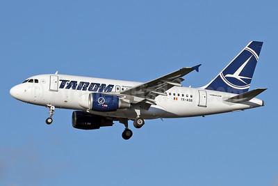 TAROM-Transporturile Aeriene Romane (Romanian Air Transport) Airbus A318-111 YR-ASB (msn 2955) LHR (Keith Burton). Image: 929658.