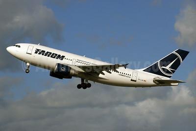 TAROM-Transporturile Aeriene Romane (Romanian Air Transport) Airbus A310-325 YR-LCB (msn 644) LHR (SPA). Image: 929657.