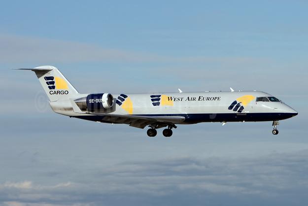 West Air Europe Cargo (West Atlantic Group) Bombardier CRJ200 (CL-600-2B19) SE-DUX (msn 7010) OSL (Gunter Mayer). Image: 930938.