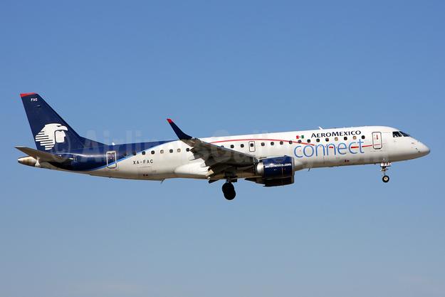 AeroMexico Connect Embraer ERJ 190-100LR XA-FAC (msn 19000234) MIA (Brian McDonough). Image: 925858.