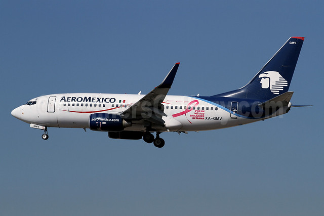 AeroMexico Boeing 737-752 WL XA-GMV (msn 35118) (Por un Mexico sin Cancer de Mama - For a Mexico without Breast Cancer) LAX (James Helbock). Image: 920988.