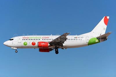 VivaAerobus (vivaaerobus.com) Boeing 737-3K2 XA-VIV (msn 27635) LAS (Greenwing). Image: 929135.