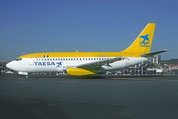 TAESA Boeing 737-2T4 XA-SIW (msn 22370) MEX (Christian Volpati). Image: 955186.