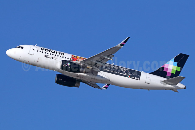 Volaris' 2016 Hard Rock Hotel promotional livery