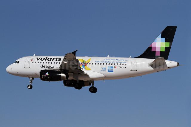 Volaris Airbus A319-133 XA-VOK (msn 3450) (Jessica-American Express) LAX (James Helbock). Image: 910846.
