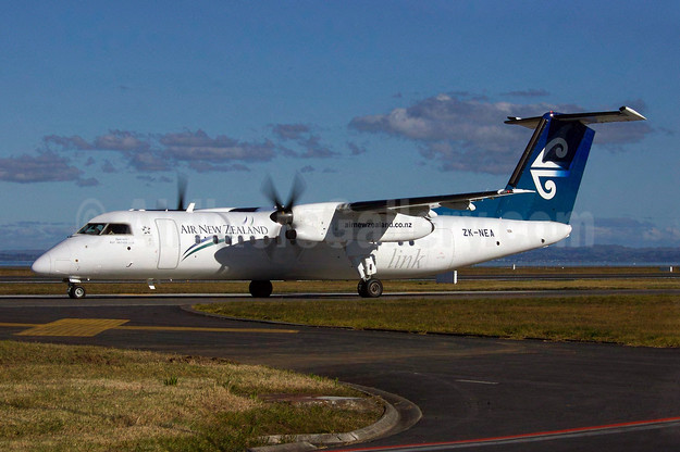 Air New Zealand Link-Air Nelson Bombardier DHC-8-311 ZK-NEA (msn 611) AKL (Colin Hunter). Image: 900337.