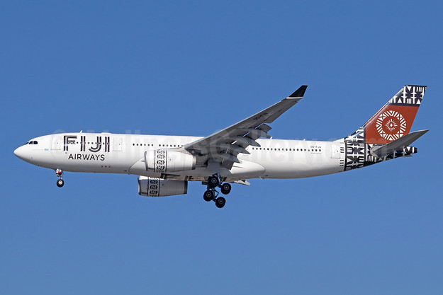 Fiji Airways (2nd) Airbus A330-243 DQ-FJV (msn 1465) LAX (Michael B. Ing). Image: 942223.