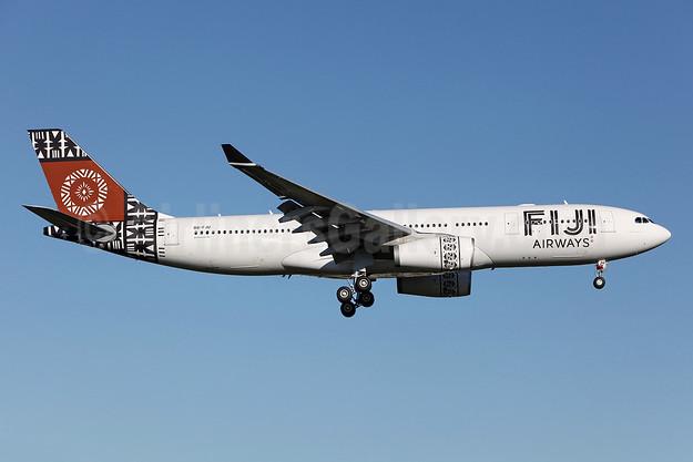 Fiji Airways (2nd) Airbus A330-243 DQ-FJU (msn 1416) SYD (John Adlard). Image: 912540.