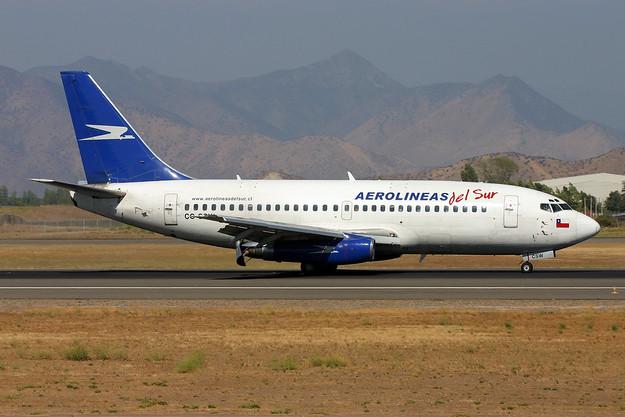 Aerolineas Del Sur Boeing 737-228 CC-CSW (msn 23002) SCL (Marcelo F. De Biasi). Image: 900169.