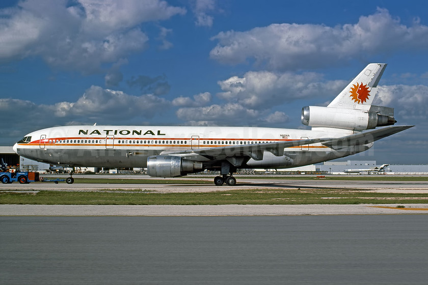 National Airlines (1st) McDonnell Douglas DC-10-30 N82NA (msn 46713) MIA (Rob Rindt Collection). Image: 953280.