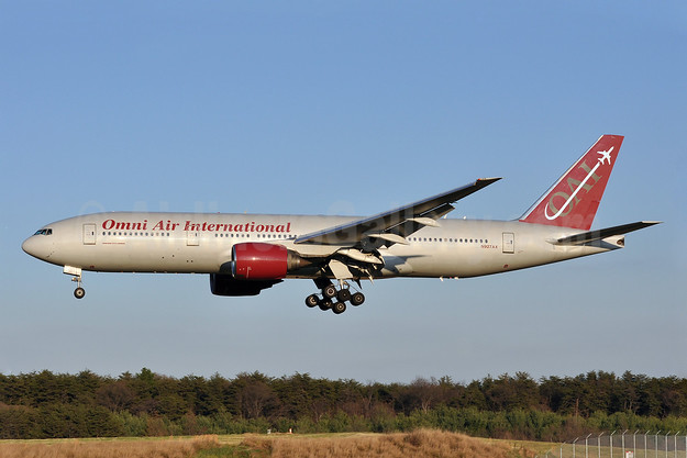 Omni Air International-OAI Boeing 777-222 ER N927AX (msn 26943) BWI (Tony Storck). Image: 907788.