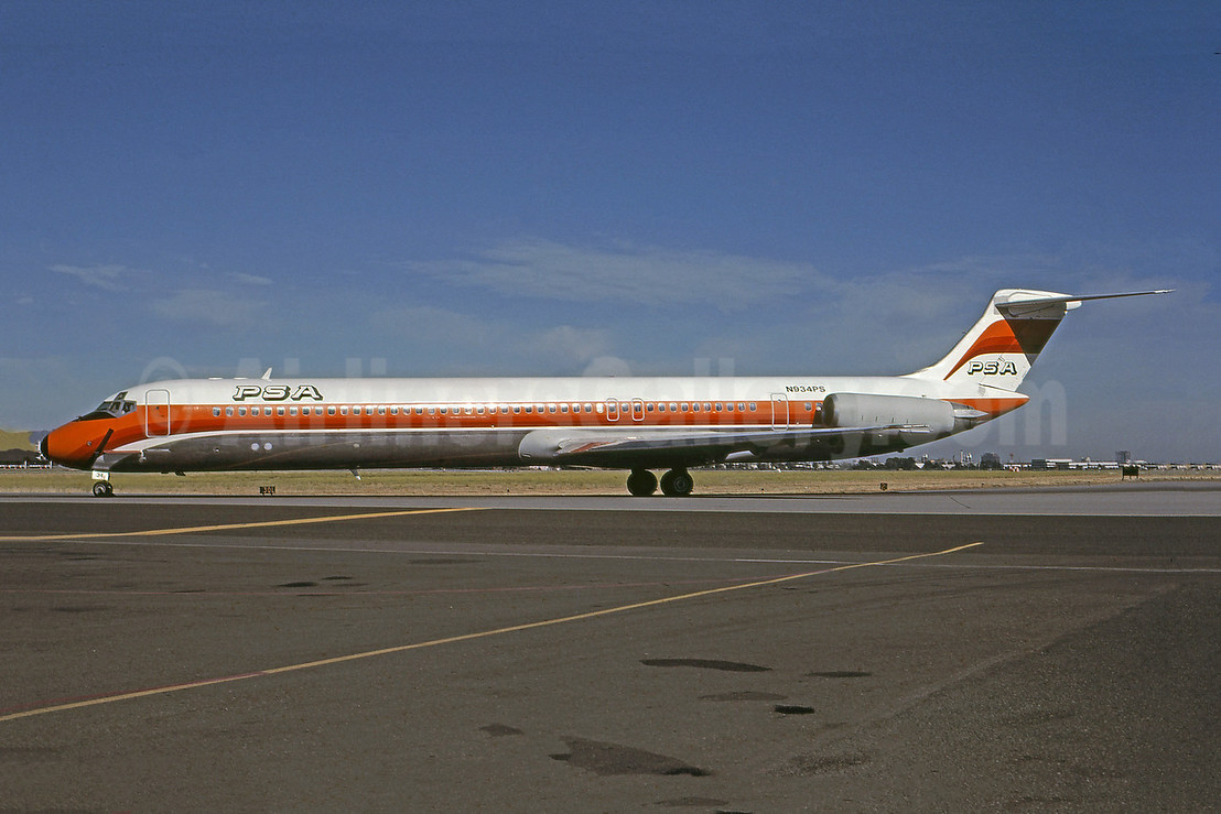 PSA (Pacific Southwest Airlines) McDonnell Douglas DC-9-81 (MD-81) N934PS (msn 48042) SJC (Bruce Drum). Image: 100980.