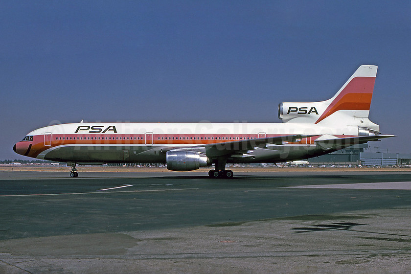 PSA (Pacific Southwest Airlines) Lockheed L-1011-385-1 TriStar 1 N10112 (msn 1064) LGB (Bruce Drum). Image: 100978.
