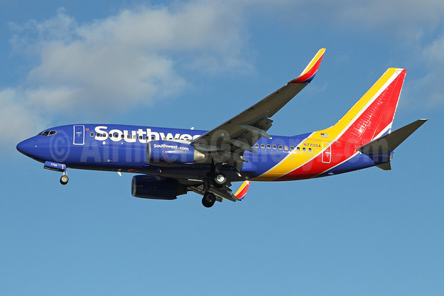 Southwest Airlines Boeing 737-76N WL N7705A (msn 32744) BWI (Ron Monroe). Image: 944274.