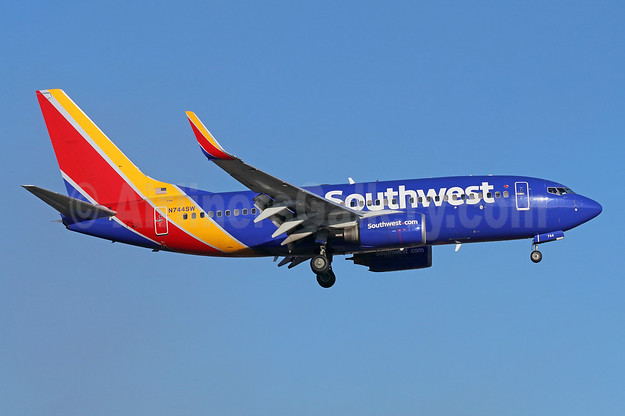 Southwest Airlines Boeing 737-7H4 WL N744SW (msn 29490) SNA (Michael B. Ing). Image: 939564.