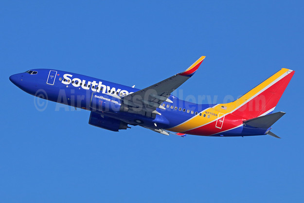 Southwest Airlines Boeing 737-76N WL N7709A (msn 32654) LAX (Michael B. Ing). Image: 936847.