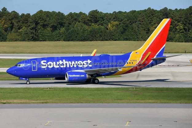 Southwest Airlines Boeing 737-7Q8 WL N7819A (msn 30649) RDU (Ton Jochems). Image: 942983.