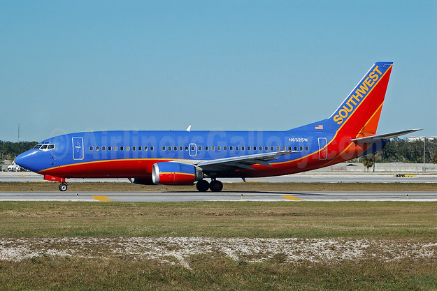 Southwest Airlines Boeing 737-3H4 N632SW (msn 27707) FLL (Bruce Drum). Image: 101996.