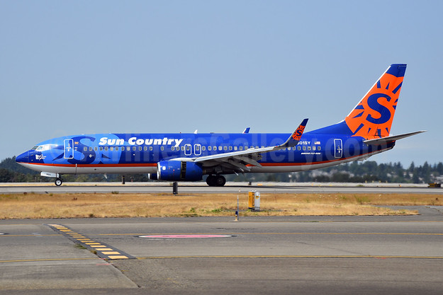 Sun Country Airlines Boeing 737-8Q8 WL N801SY (msn 30332) SEA (Bruce Drum). Image: 104743.