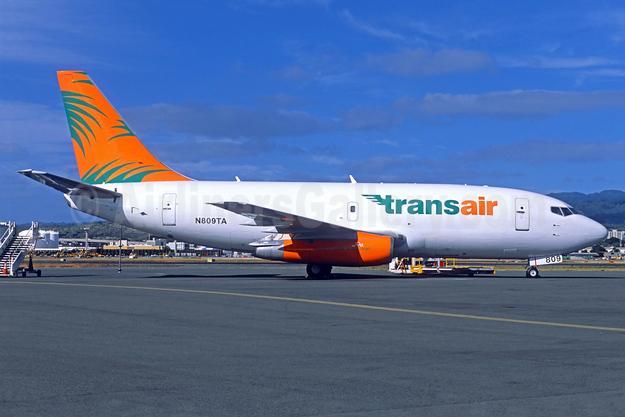 Transair (Hawaii) Boeing 737-209 (F) N809TA (msn 23796) HNL (Jacques Guillem Collection). Image: 932174.