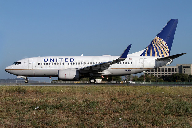 United Airlines Boeing 737-724 WL N14731 (msn 28799) SFO (Mark Durbin). Image: 908021.