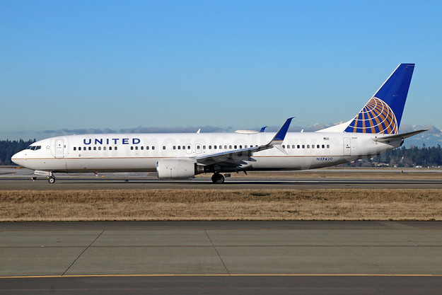 United Airlines Boeing 737-924 ER SSWL N37420 (msn 33457) SEA (Michael B. Ing). Image: 938077.