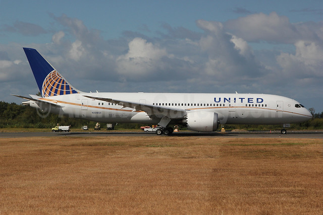 United Airlines Boeing 787-8 Dreamliner N20904 (msn 34824) PAE (Nick Dean). Image: 909320.