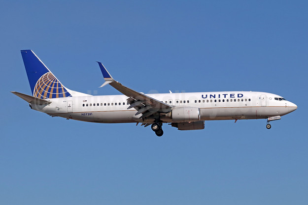 United Airlines Boeing 737-824 SSWL N37281 (msn 31599) SNA (Michael B. Ing). Image: 946236.