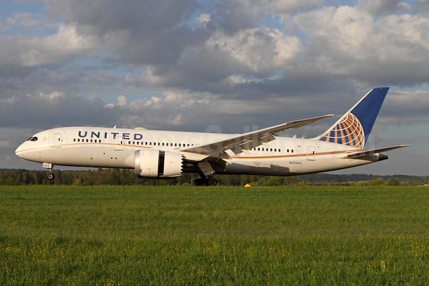 United Airlines Boeing 787-8 Dreamliner N20904 (msn 34824) ZRH (Andi Hiltl). Image: 941758.