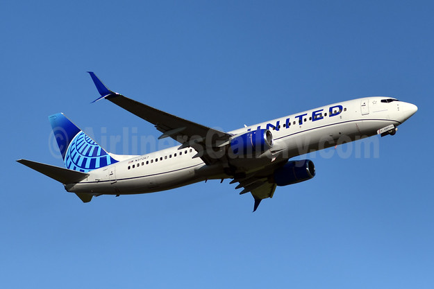 United Airlines Boeing 737-824 SSWL N37267 (msn 31586) YYZ (TMK Photography). Image: 946672.