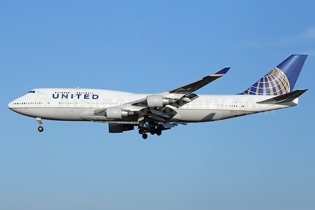 United Airlines Boeing 747-422 N118UA (msn 28811) NRT (Michael B. Ing). Image: 923734.