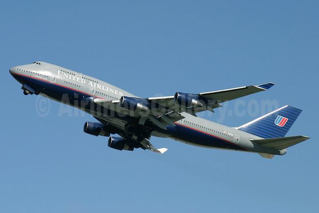 United Airlines Boeing 747-422 N117UA (msn 28810) LHR (Antony J. Best). Image: 920997.