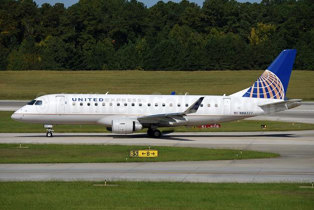 United Express-Mesa Airlines Embraer ERJ 170-200LR (ERJ 175) N88327 (msn 17000479) RDU (Ton Jochems). Image: 942825.