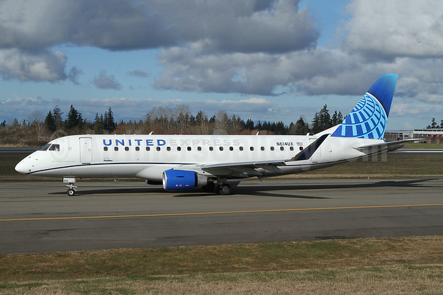 United Express-SkyWest Airlines Embraer ERJ 170-200LL (ERJ 175) N614UX (msn 17000815) PAE (Nick Dean). Image: 953190.