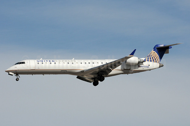 United Express-SkyWest Airlines Bombardier CRJ700 (CL-600-2C10) N755SK (msn 10220) LAS (Bruce Drum). Image: 104425.