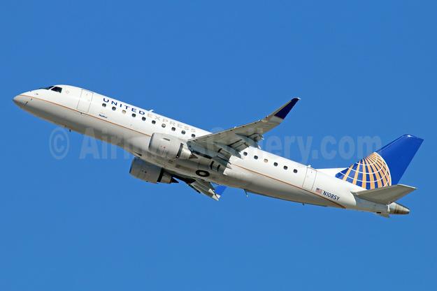 United Express-SkyWest Airlines Embraer ERJ 170-200LR (ERJ 175) N108SY (msn 17000401) LAX (Michael B. Ing). Image: 930967.