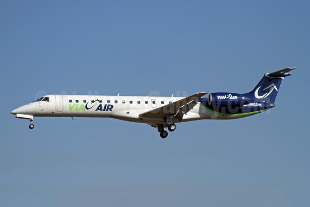 Via Air (Via Airlines) Embraer ERJ 145EP (EMB-145EP) N802HK (msn 145066) BWI (Ron Monroe). Image: 943957.