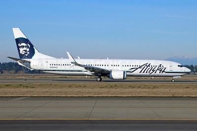 Alaska Airlines Boeing 737-990 ER SSWL N409AS (msn 41733) SEA (Michael B. Ing). Image: 928627.