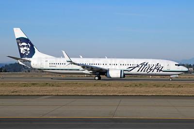 Alaska Airlines Boeing 737-990 ER SSWL N413AS (msn 35205) SEA (Michael B. Ing). Image: 928628.