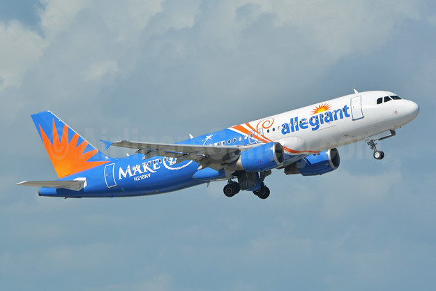 Allegiant's special 2013 Make-A-Wish charity logo jet