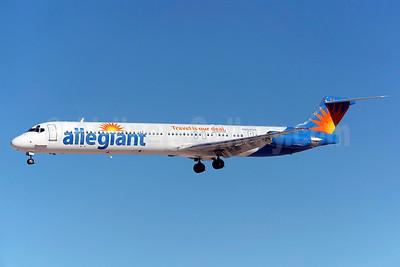Allegiant Air McDonnell Douglas DC-9-83 (MD-83) N864GA (msn 49912) LAS (Greenwing). Image: 929476.