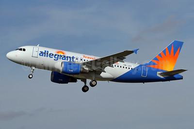 Allegiant Air Airbus A319-112 HB-JZT (N306NV)(msn 2420)  (Travel is our deal) SEN (Keith Burton). Image: 928753.