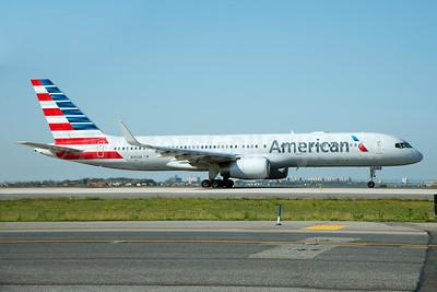 American Airlines Boeing 757-223 WL N186AN (msn 32380) JFK (Fred Freketic). Image: 928550.