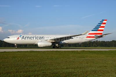 American Airlines Airbus A330-243 N290AY (msn 1480) ZRH (Rolf Wallner). Image: 929002.