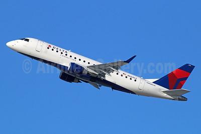 Delta Connection-Compass Airlines Embraer ERJ 170-200LR (ERJ 175) N624CZ (msn 17000222) LAX (Michael B. Ing). Image: 929532.