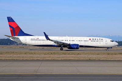 Delta Air Lines Boeing 737-932 ER WL N817DN (msn 31928) SEA (Michael B. Ing). Image: 924987.
